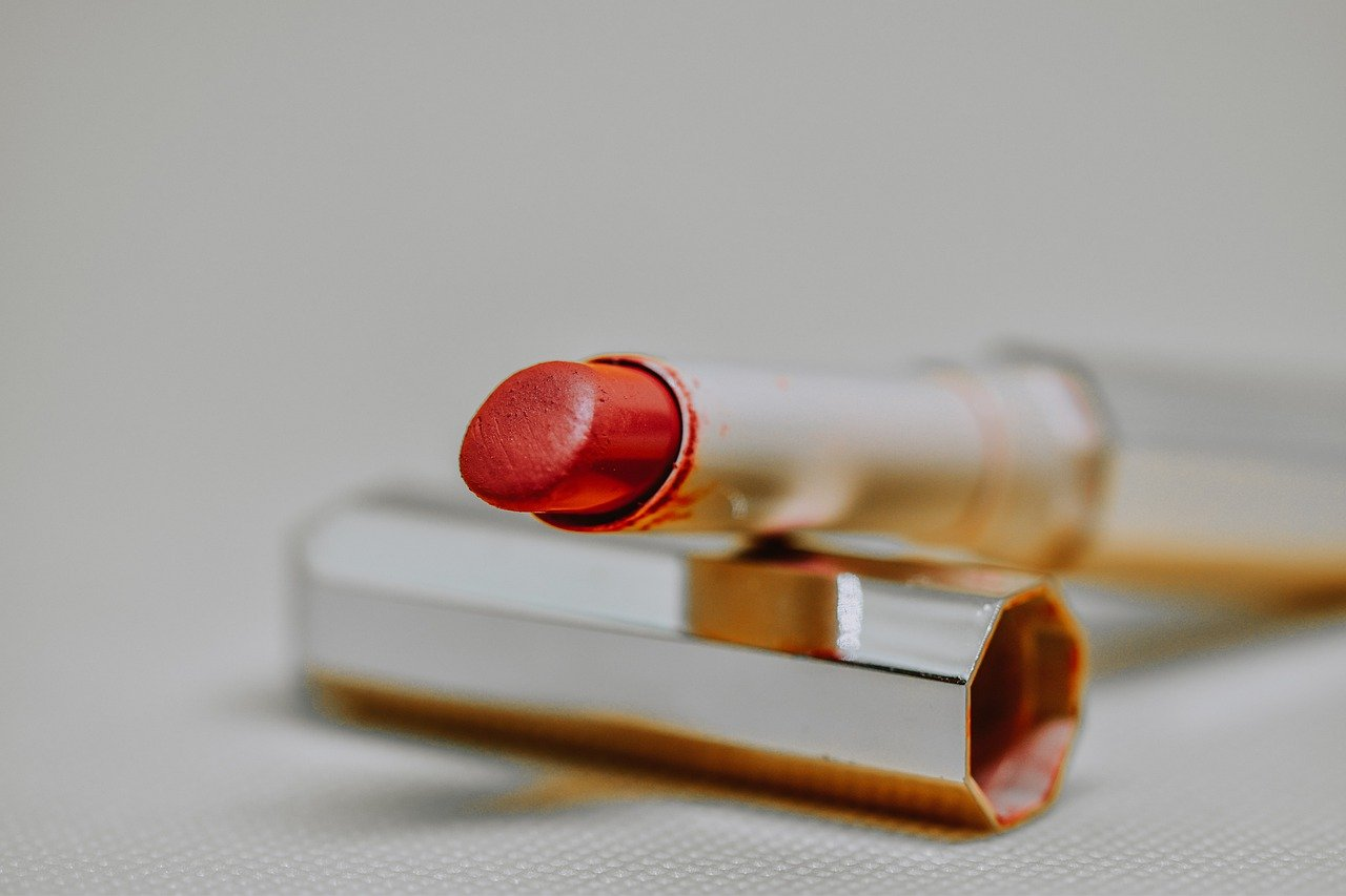 lipstick-6210742_1280